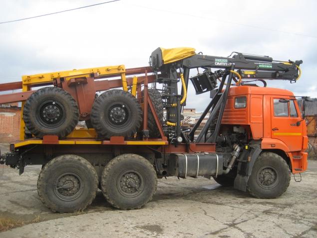 Лесовоз КАМАЗ 43118-24 с манипулятором ОМТЛ-97 и прицепом-роспуском (телескоп)  в наличии и на заказ