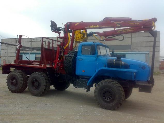 Лесовозный тягач УРАЛ 55571 c манипулятором ОМТЛ-70.02 в наличии и на заказ