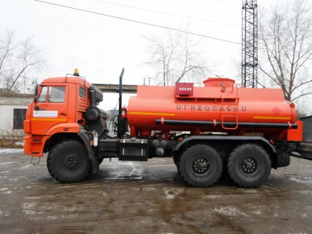 АТЗ-10 (Топливозаправщик 10 м3) на шасси КАМАЗ 43118-46  в наличии и на заказ